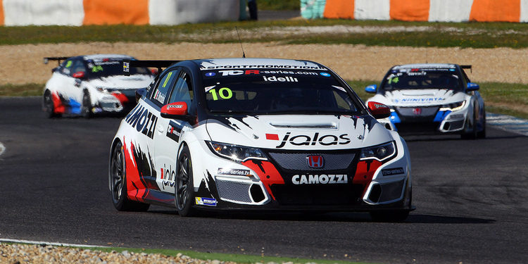 Gianni Morbidelli gana la primera carrera en Estoril