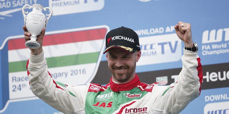 Tiago Monteiro suma otro podio en Hungaroring