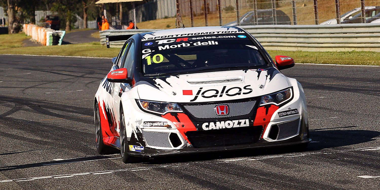 Gianni Morbidelli lidera la tabla de las TCR tras Estoril