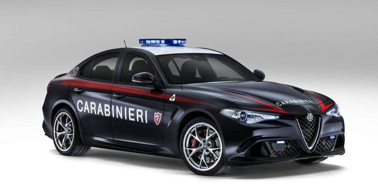 Los Carabinieri estrenan el Alfa Romeo Giulia Quadrifoglio Verde de 510 CV