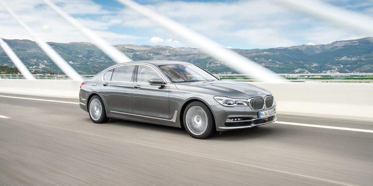 El BMW 750d estrena un motor con cuatro turbos