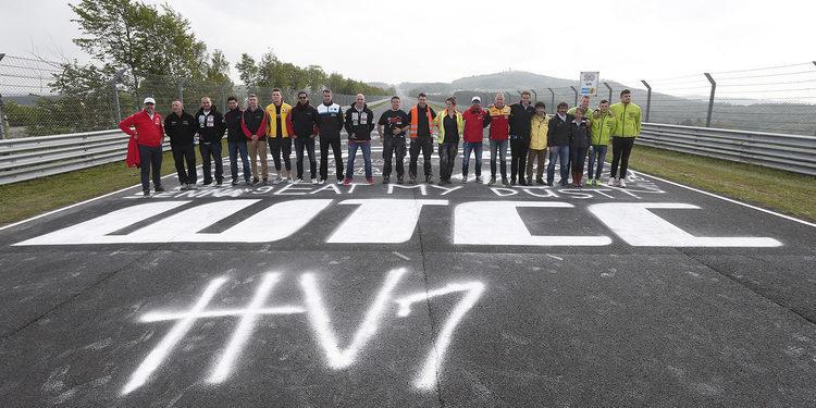 Los pilotos del WTCC dejan su marca en el Nordschleife