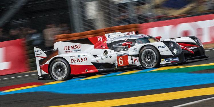 Toyota lidera tras 7 horas de carrera en Le Mans