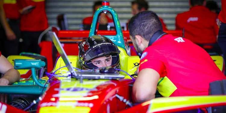 Daniel Abt es el más rápido en el último día de pruebas en Donington