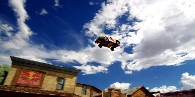 Menzies salta 115 metros en un coche
