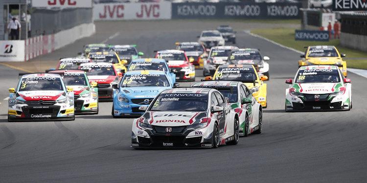 Norbert Michelisz se impone en la carrera inicial en Motegi