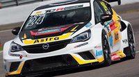Jordi Oriola vuelve a las TCR en Singapur
