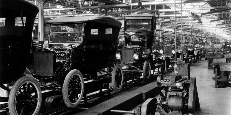 Breve historia del ensamblaje automotriz