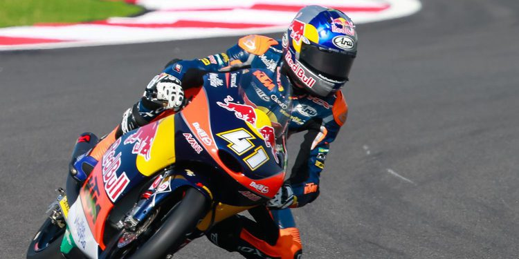 Moto3: Binder consigue la pole en Sepang 'in extremis'