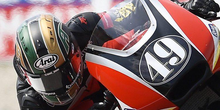 Axel Pons seguirá en Moto2 con el RW
