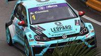 Stefano Comini gana una carrera caótica en Macao