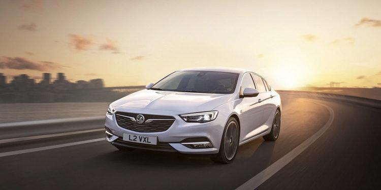 Opel viene renovado con el Insignia Grand Sport 2017