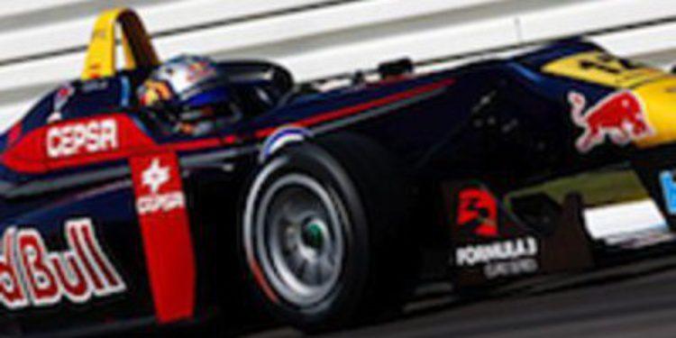 Carlos Sainz Jr empieza con buen pie su andadura en las F3 Euroseries
