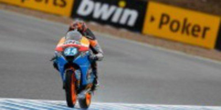 Miguel Oliveira se sale en los últimos libres de Moto3
