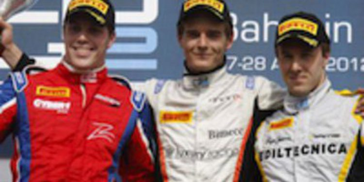 Tom Dillmann se doctora en Baréin con su primera victoria en GP2