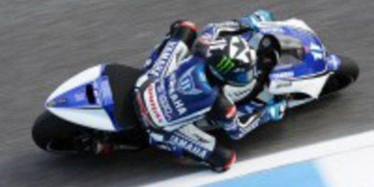 Casey Stoner impone su ley en los libres 2 de MotoGP