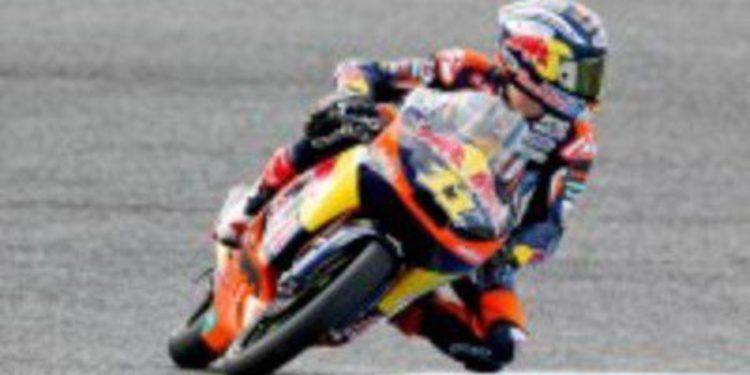 Sandro Cortese vence en Estoril y es nuevo lider de Moto3