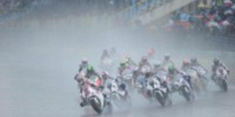 La lluvia en las SuperBikes de Monza despierta fantasmas del pasado