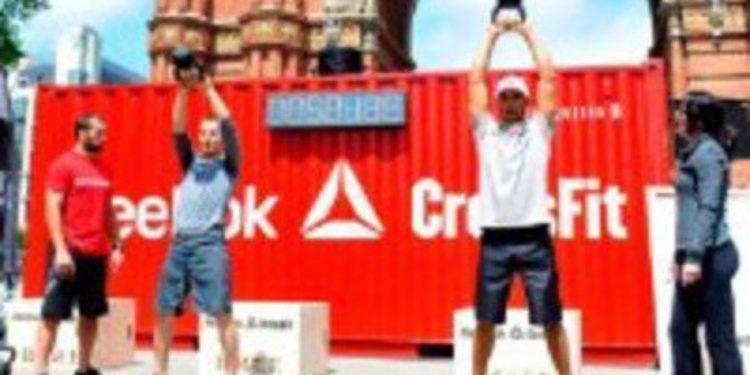 Jorge Lorenzo y Lewis Hamilton comparten acto promocional
