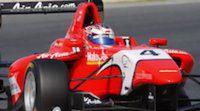 Mitch Evans vence en una alocada primera carrera de GP3