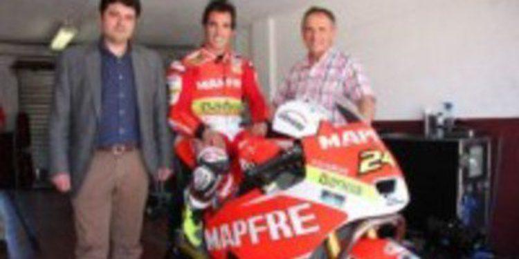 Toni Elías completa un test con su Moto2 en el Circuito de Albacete