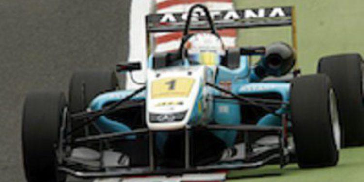 Dani Juncadella hace doblete de poles en Brands Hatch