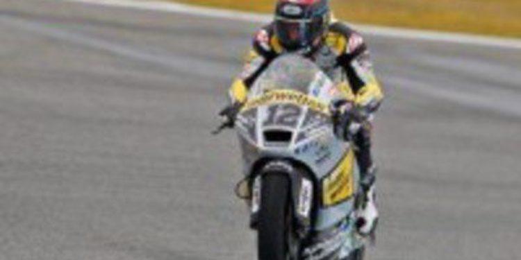 Thomas Luthi vence en Moto2 y aprieta el campeonato en Le Mans
