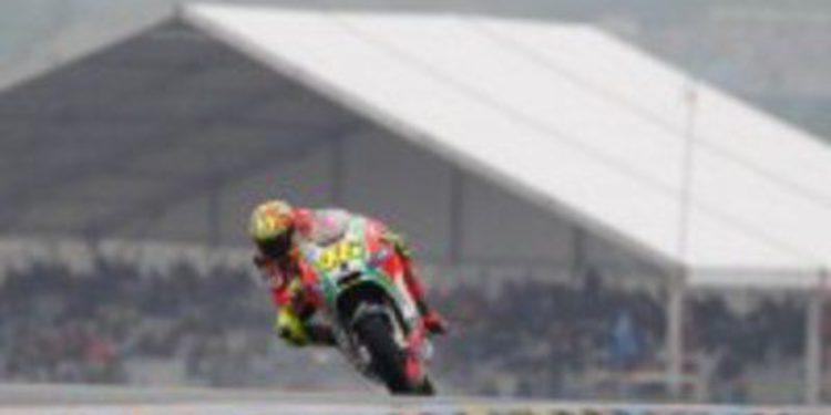 Jorge Lorenzo gana en Le Mans y Rossi vuelve al podio