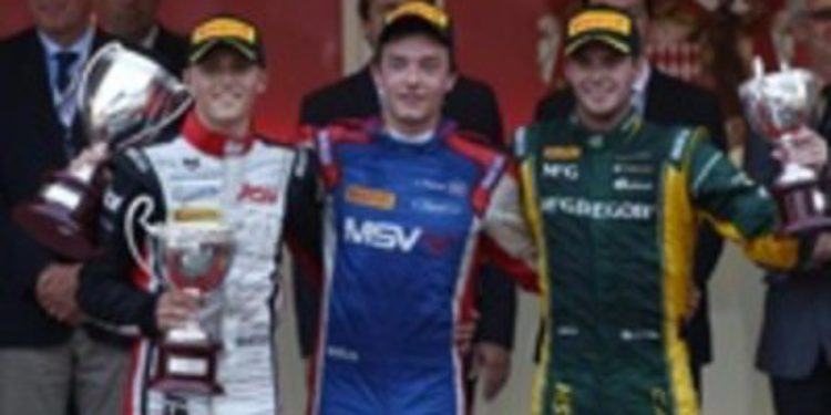 Jolyon Palmer se lleva una accidentada carrera al sprint en Mónaco