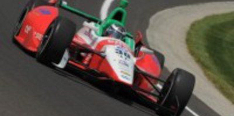 El debutante Michel Jourdain Jr sale contento tras su regreso a la Indy500