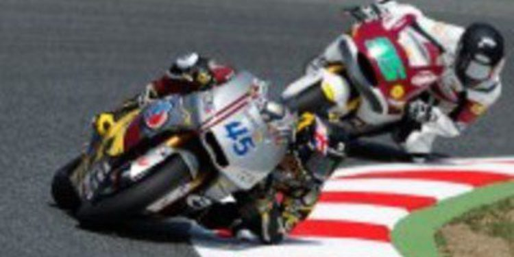 Thomas Luthi vuela en Montmeló durante los Libres 1 de Moto2
