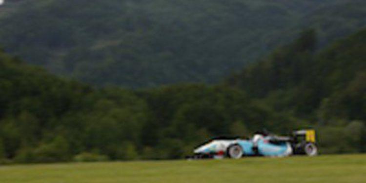Dani Juncadella gana la tercera en Red Bull Ring y lidera de nuevo las Euroseries