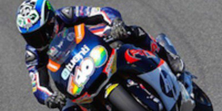 Pol Espargaró hace pleno en los libres de Moto2 en Silverstone