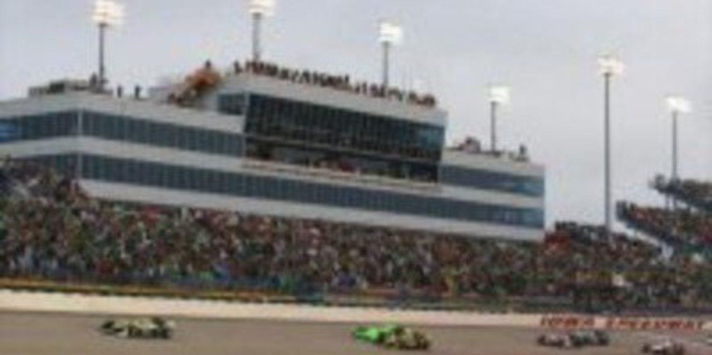 La IndyCar llega al óvalo de Iowa