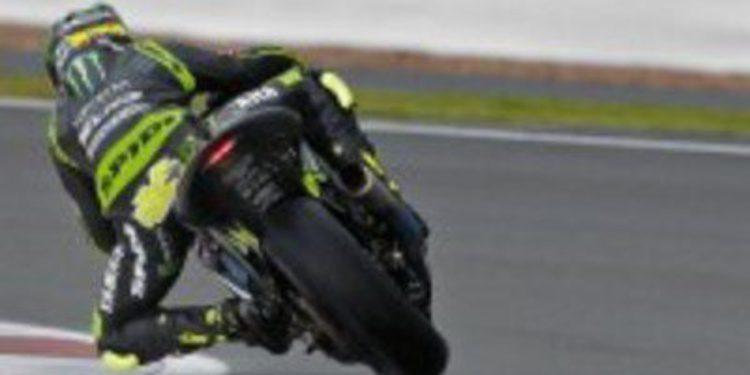 Yamaha subasta el mono de Silverstone de Cal Crutchlow