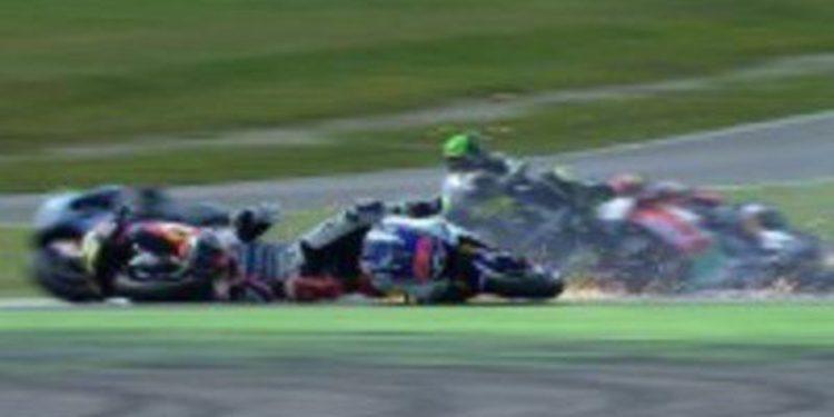 Casey Stoner se escapa de Dani Pedrosa para ganar en Assen
