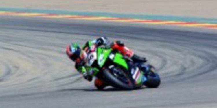 Tom Sykes sigue fiel a si mismo y consigue la pole en Motorland