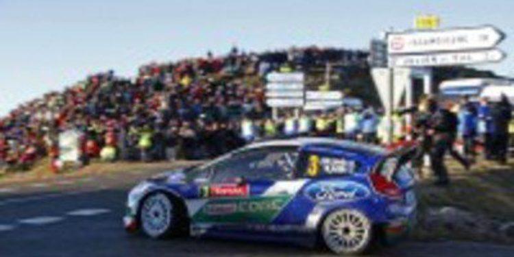 El equipo Ford vuelve a amenazar con su marcha al IRC