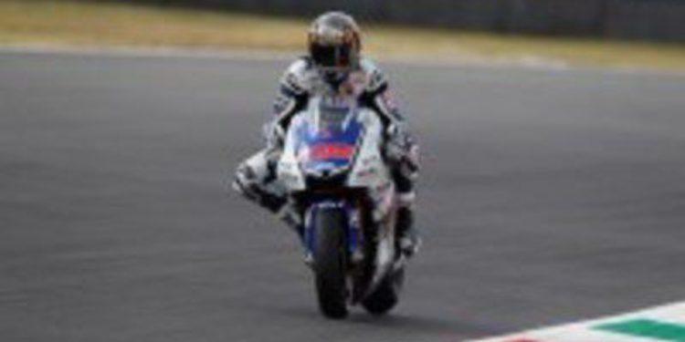 Jorge Lorenzo y Dani Pedrosa tiranizan los tiempos del FP2 de MotoGP en Italia
