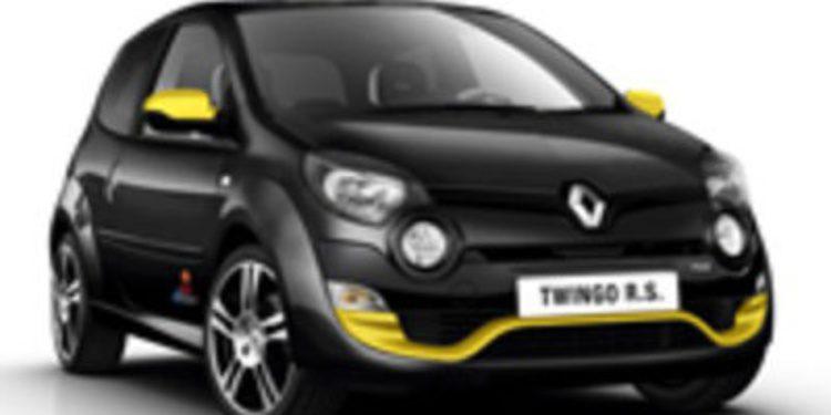 ¿Qué ocurre si metes un Twingo RS en Nürburgring con Margott Laffite, una modelo y una pecera?