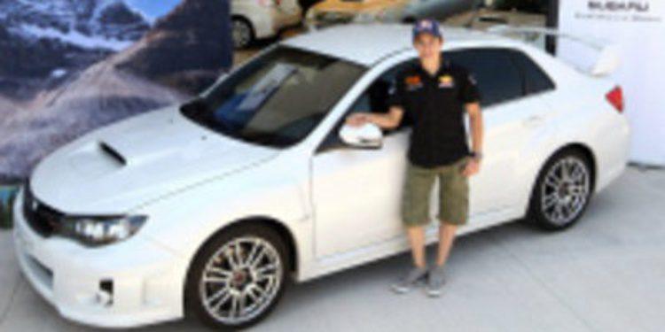 El piloto Marc Márquez recibe un Impreza STI