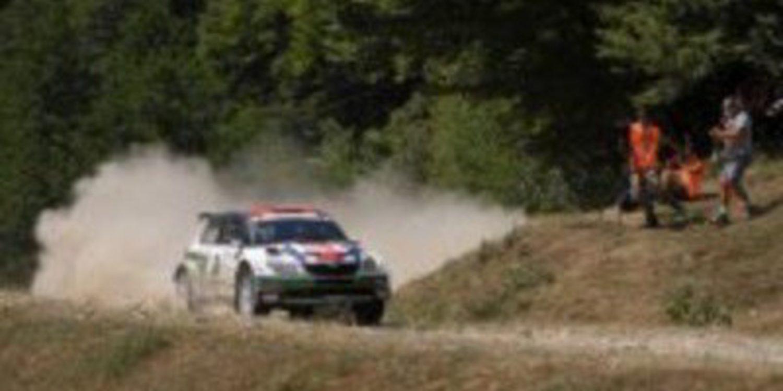 Andreas Mikkelsen gana el IRC Rallie de Rumania entre los errores de los rivales