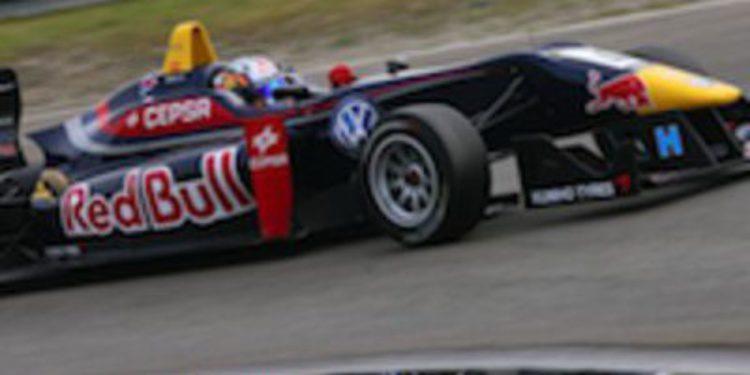 Jazeman Jaafar y Carlos Sainz Jr dominan los libres de F3 en Spa Francorchamps