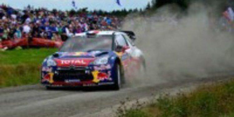 Sebastien Loeb conquista Finlandia y el reducto de Ouninpohja