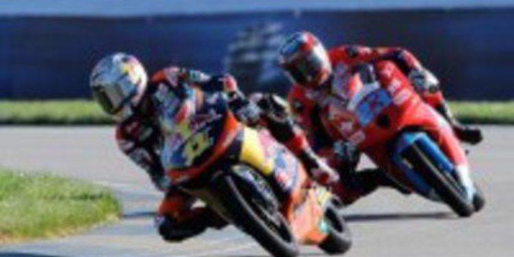 KTM con Sandro Cortese toma el mando en Indianápolis durante los FP2