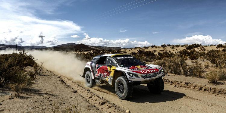 Coches | Así descansa el Dakar en La Paz: Nani Roma, la única oposición a Peugeot