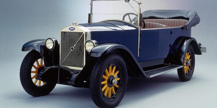 Volvo y sus 90 años por el mundo