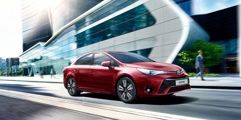Toyota España lanza Avensis 2017