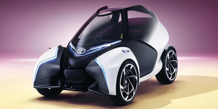 Toyota muestra el i-Tril, su pequeño de calle