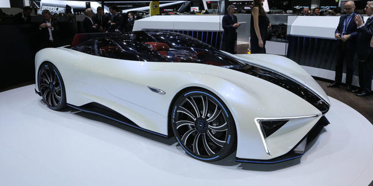 En detalle, Techrules impacta con su concept car híbrido de 1.300 CV